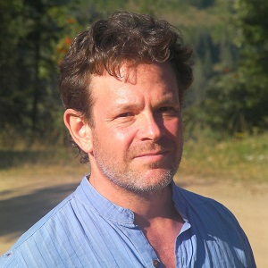 David Bornstein headshot