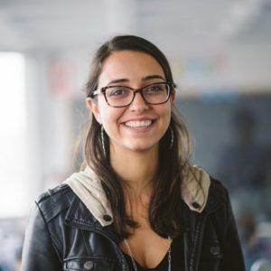 Mariana Costa headshot